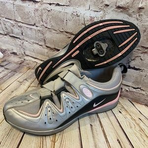Nike Womens Gray Cycling Biking Shoes Size 9.5